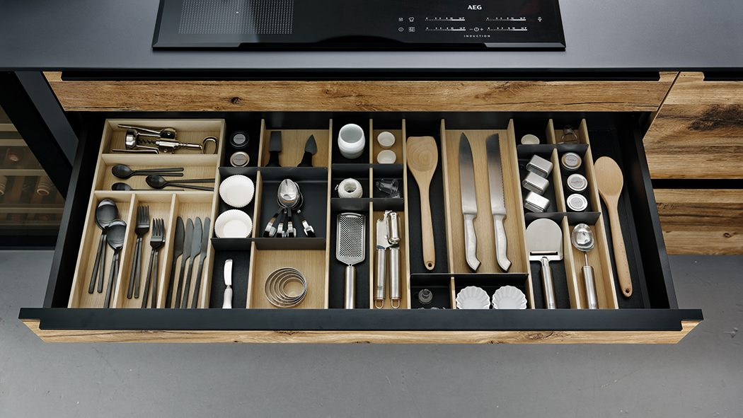 draw of cutlery